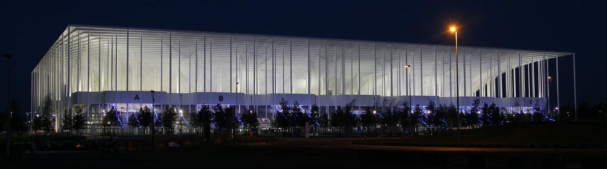 Le nouveau Grand Stade de Bordeaux, pardon Matmut Atlantique, puisque même son nom a été vendu au privé ! Un PPP estimé à 3,5 millions d'euros par ans, revu à 6 et annulé par le tribunal administratif...