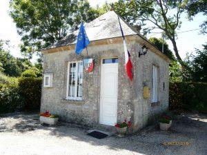 Maire d'Ecausseville, petite commune de moins de 100 habitants, située dans le Cotentin.